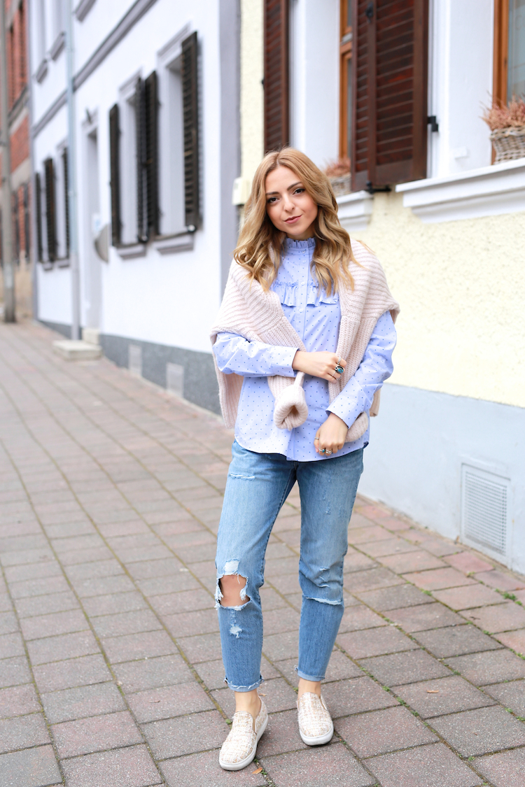 Want Get Repeat Blog Transitional Outfit H&M Trend Blouse