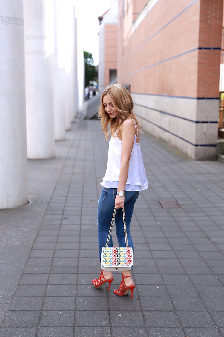 Want-Get-Repeat-Blog-White-Top-Summer-Essential-Outfit-06
