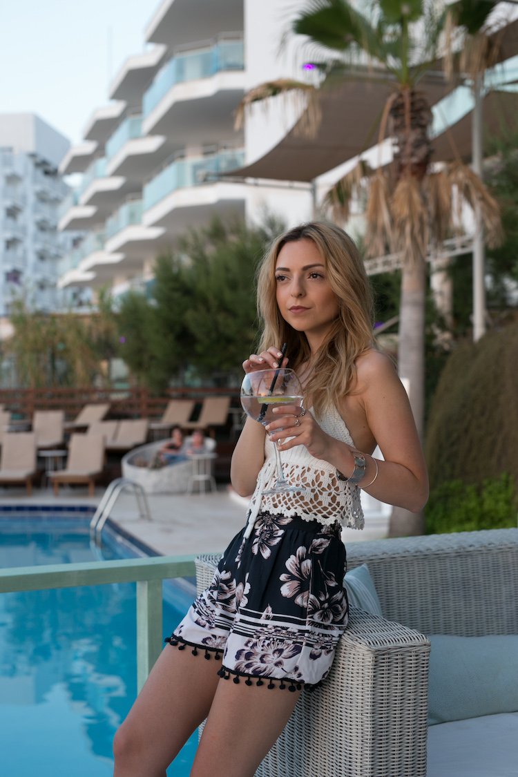 Want-Get-Repeat-Blog-Ibiza-Sundowner-Crochet-Top-06