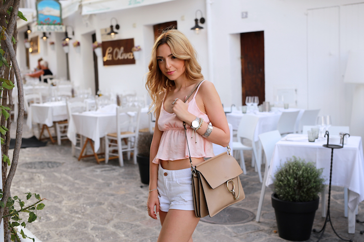 Want-Get-Repeat-Blog-Summer-Outfit-Band-of-Gypsies-Silk-Top-06