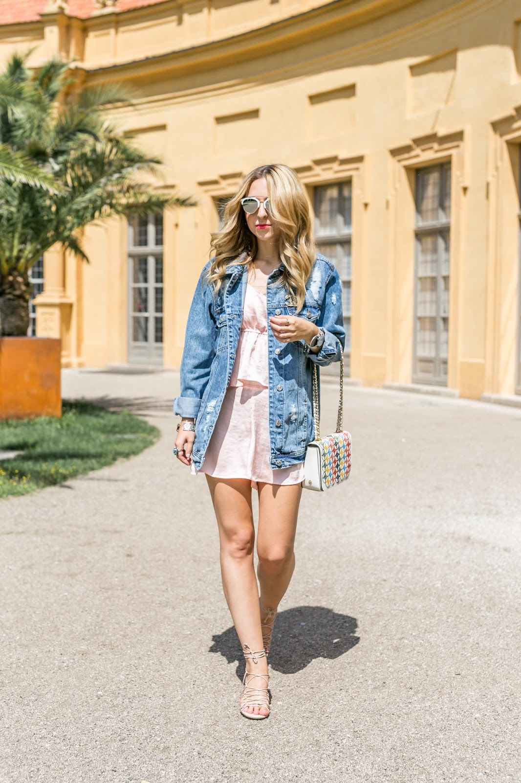 Want Get Repeat Oversized Denim Jacket Outfit