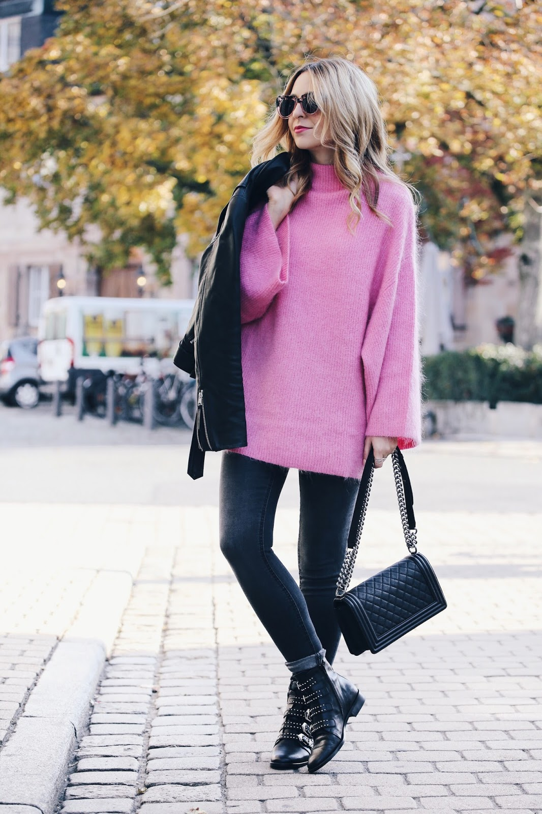Want Get Repeat Blog Pink H&M Trend Sweater Outfit