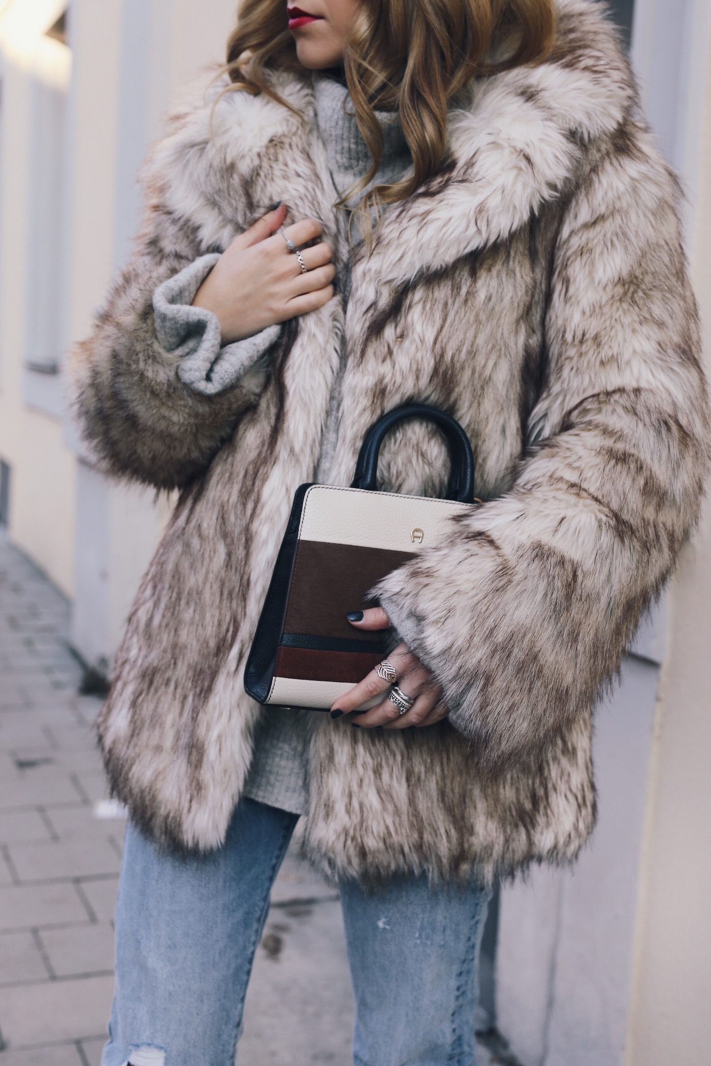 Fashion Blog Germany Want Get Repeat Fake Fur Street style
