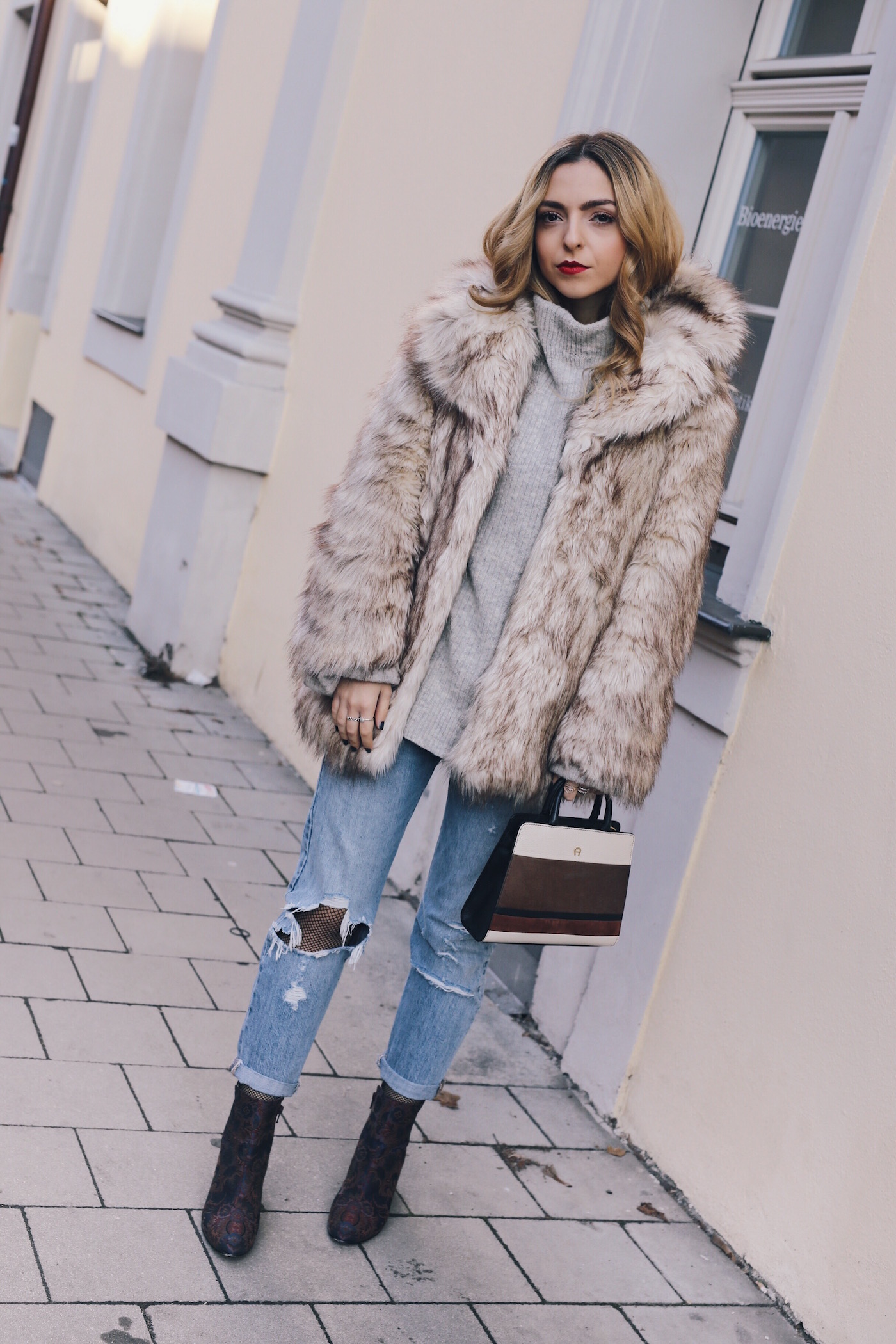 Fake Fur Street Style With Aldo Boots Want Get Repeat