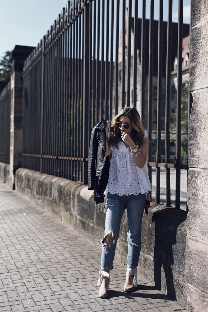 f33934eef9 3 Trendy Outfits to get you excited for Spring - Want Get Repeat
