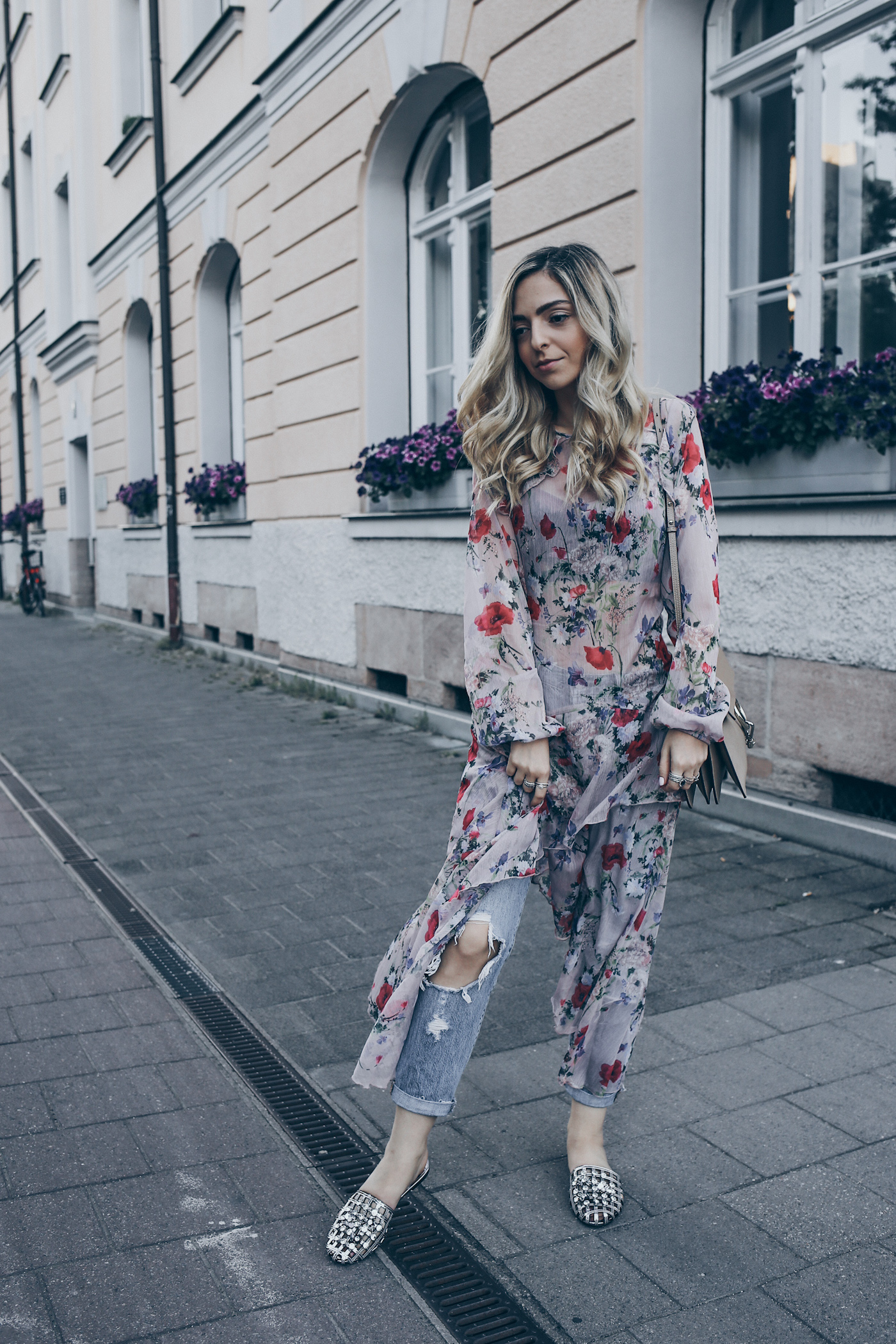 How-to-wear-layering-outfits-in-summer-street-style-fashion-blog-mode-blog -nuernberg-erlangen-Wantgetrepeat-01 fe1ef5ef2