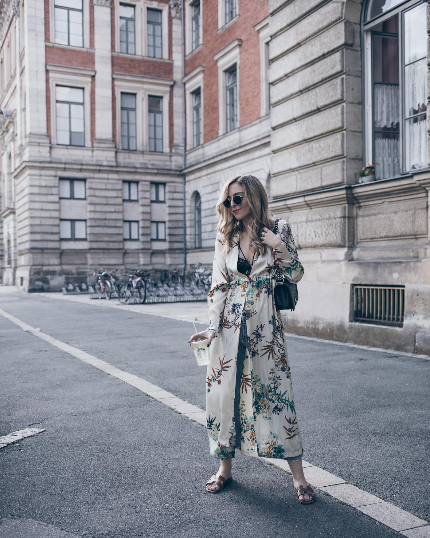 Fashion-Blog-Blogger-Q A-Kimono-Outfit-Street-Style-Zara-Summer-2017- WantGetRepeat-Blog-Erlangen-01 cc6fb5469