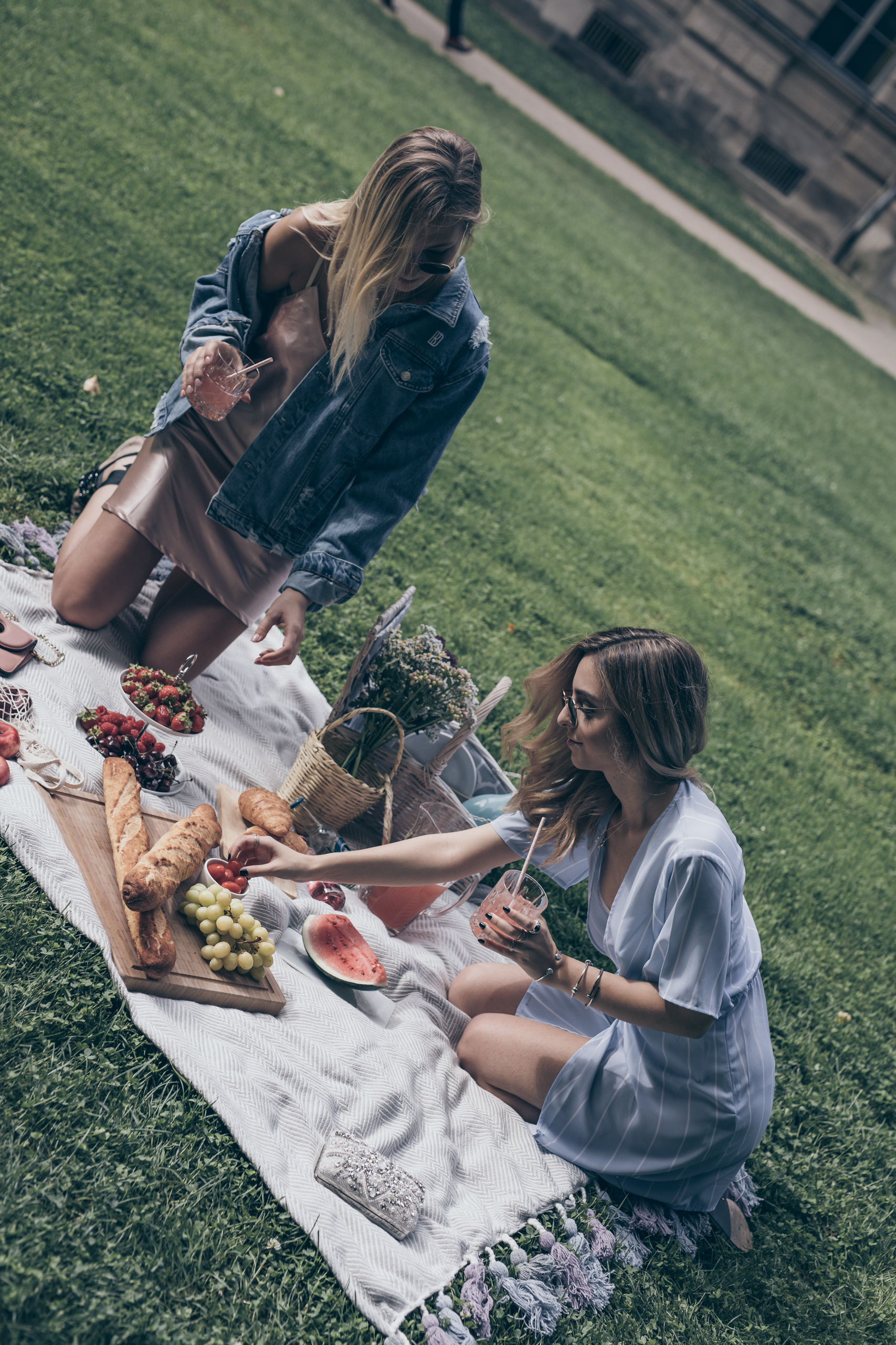 picnic table ideas food blanket basket best friends girl squad friendship WantGetRepeat