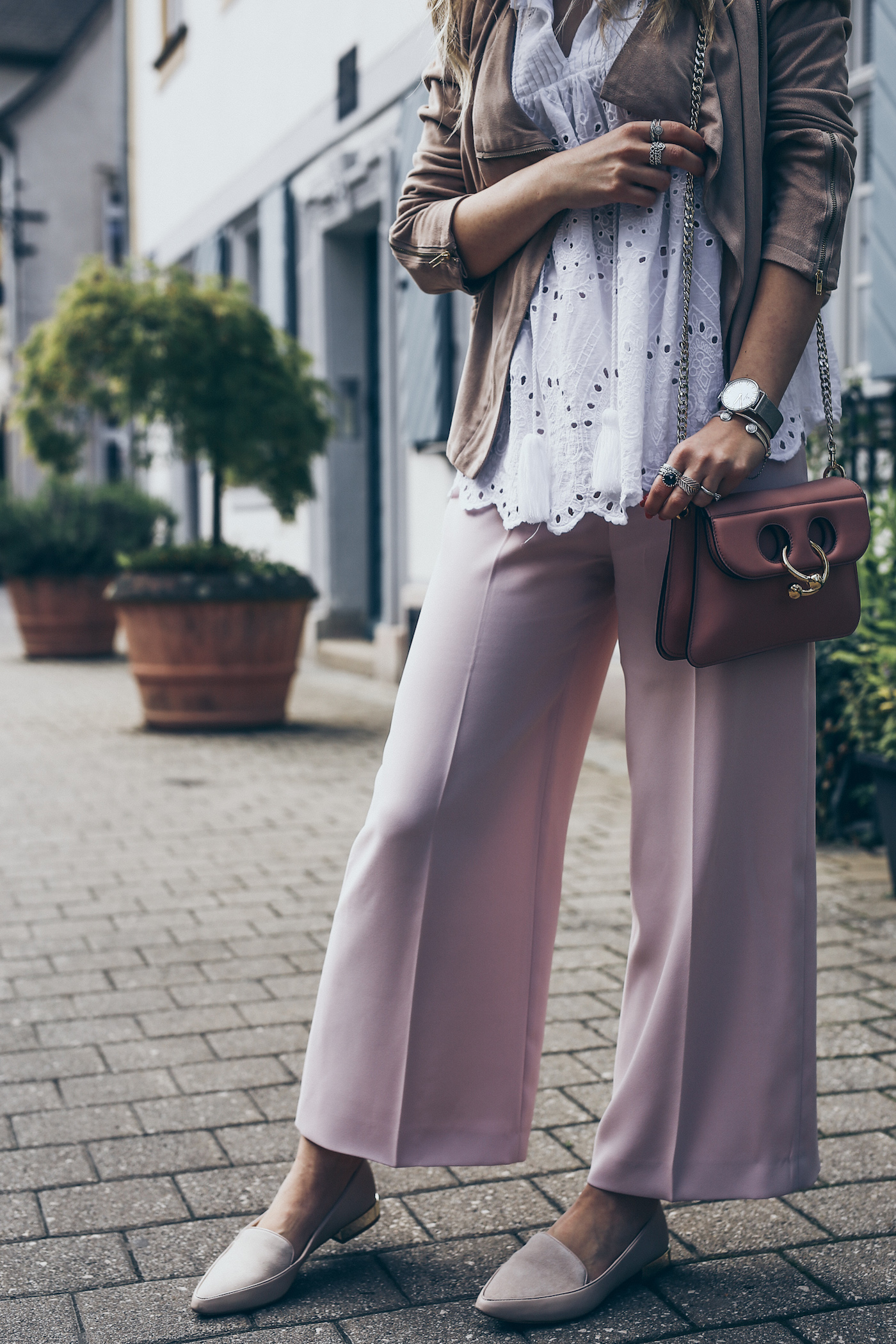 Indian Summer Fashion Transitional Summer to Fall Outfits Street Style 2017 | seen on Want Get Repeat Blog