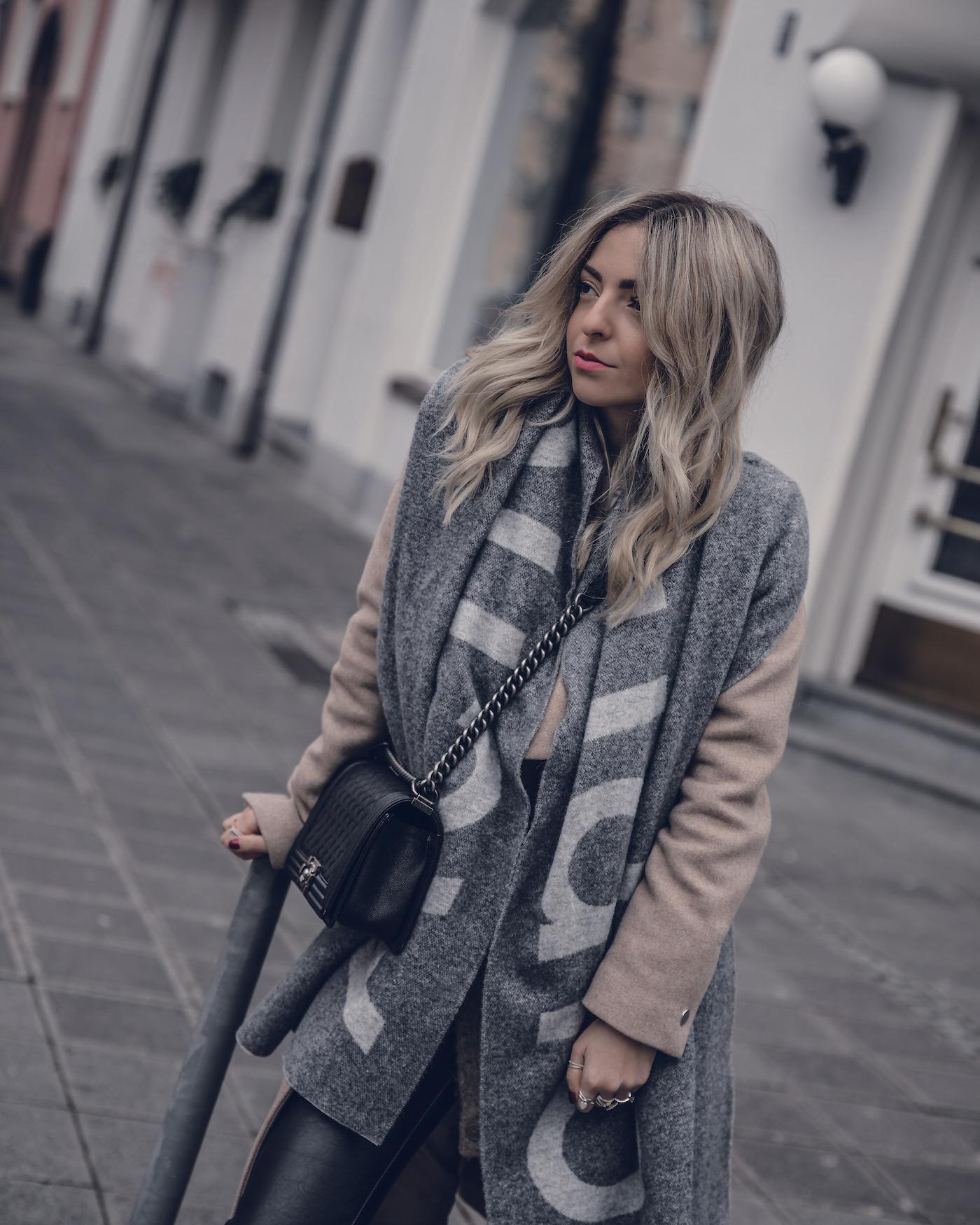 3b12d73c5df6 Acne-Studios-Scarf-Toronto-Review-WantGetRepeat-Fashion-Blog-01 ...