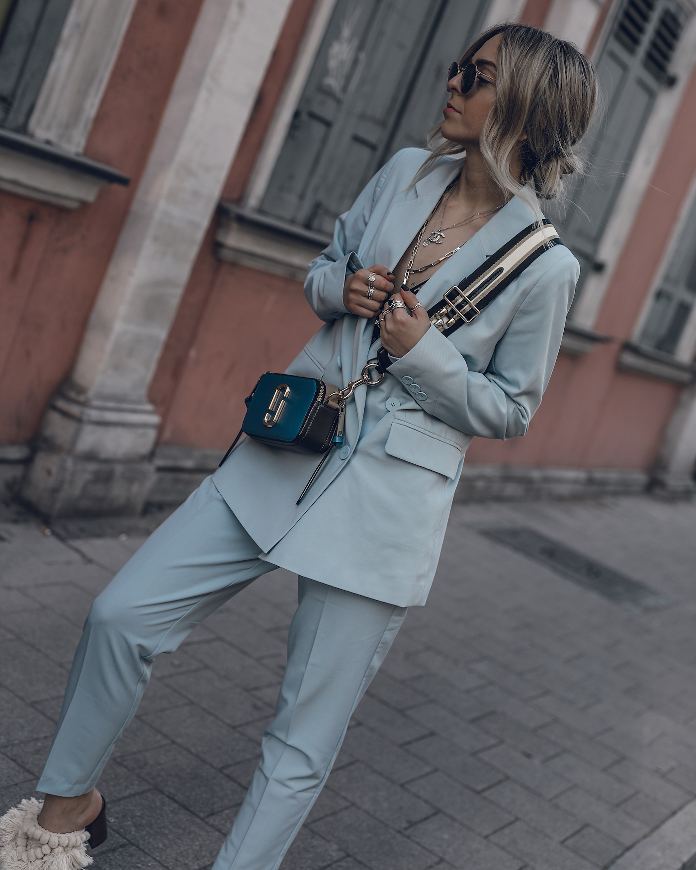 a8b3ea2f987d Pastel-Spring-Suit-Women-Outfit-Streetstyle-WantGetRepeat-Fashion-Blog-02