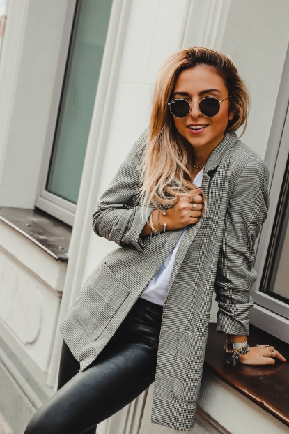 f0812d8ed9 3 Cozy Fall Outfits to copy right now - Want Get Repeat